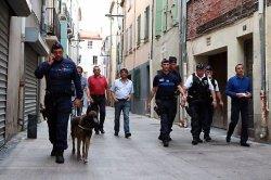 le-maire-de-perpignan-a-suivi-la-tournee-de-la-police_328573_516x343